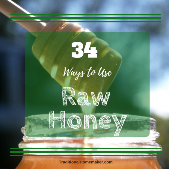 How to Use Raw Honey: Honey dipper coming out of a jar of honey.